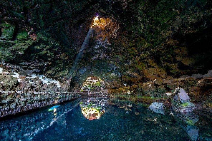Private 4-hour Tour of Jameos del Agua and Cueva de los Verdes in Lanzarote, Arrecife, ESPAÑA