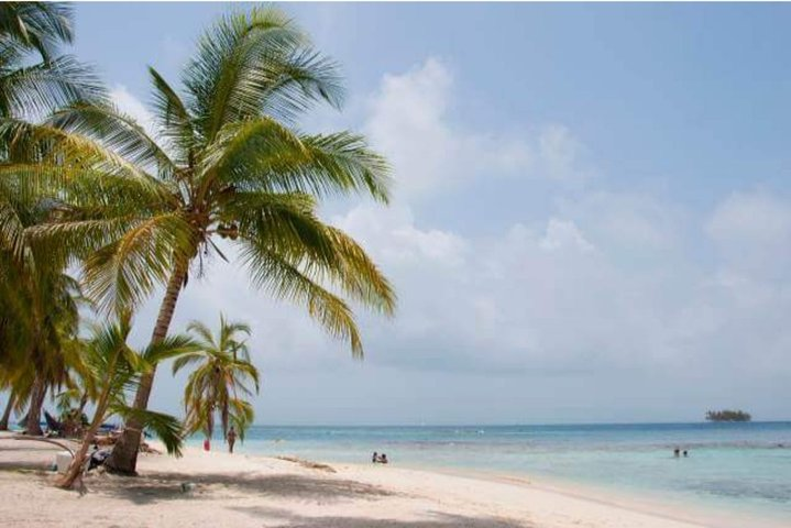2D/1N Isla Diablo San Blas in Shared Cabin with Tour & Meals included, Islas San Blas, Panama