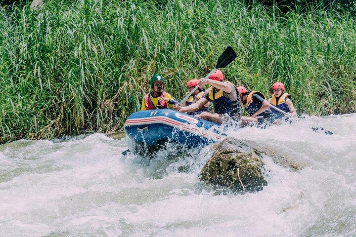 White-water Rafting with Ziplining in Phangnga, Khao Lak, TAILANDIA