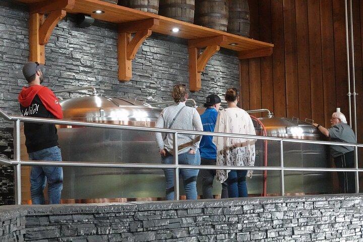 Brewery and Distillery Tour, Isla de Vancouver, CANADA
