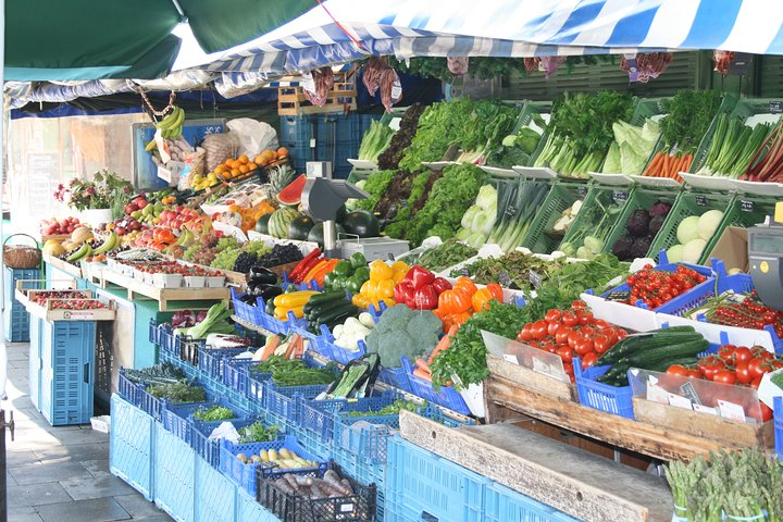 Munich Food Walking Tour Including Viktualienmarkt, Munich, GERMANY