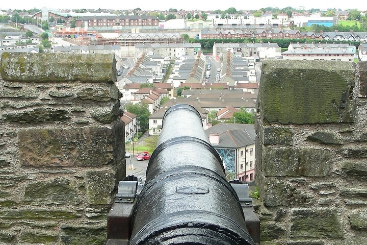 Londonderry Private Walking Tour, Londonderry, Ireland
