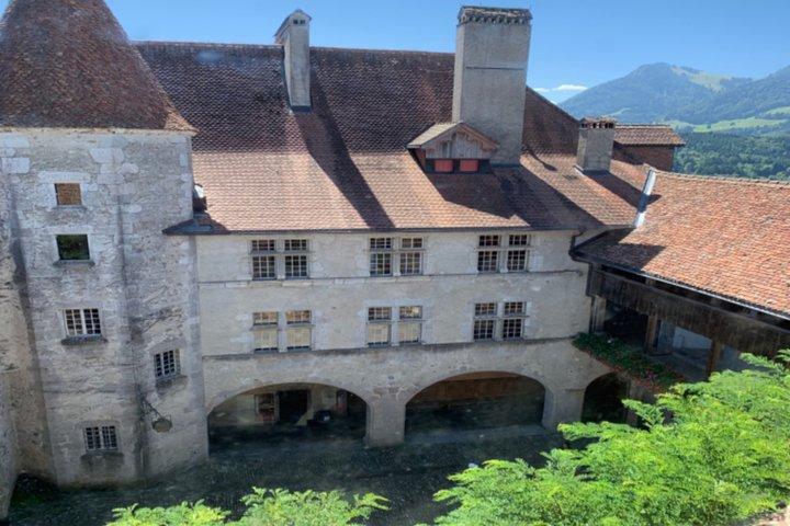 Gruyères Castle, Cheese, and Caillier Chocolate Tasting From Bern, Berna, Suíça