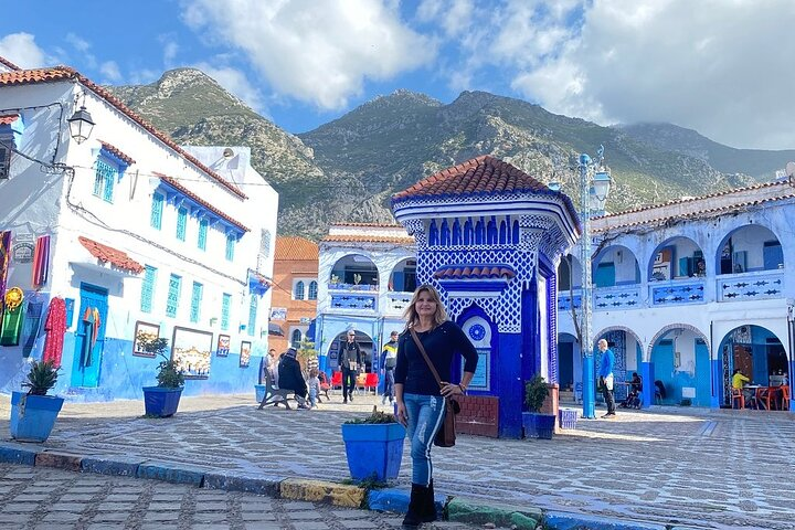 Day Trip to Chefchaouen the blue city, Fez, MARROCOS