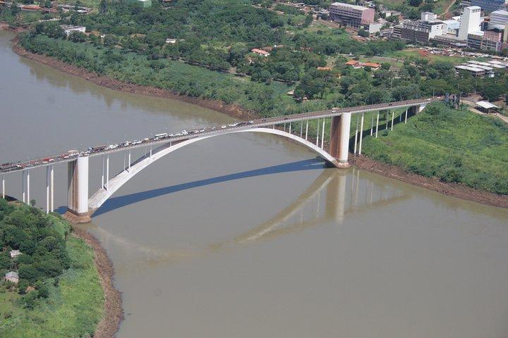 Traslado de ida y vuelta del aeropuerto de Foz do Iguaçu, Puerto Iguazú, ARGENTINA
