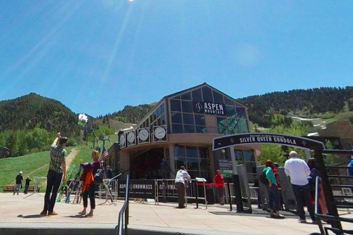 "Aspen Scavenger Hunt: Get An ""Altitude"" Adjustment, Aspen, CO, ESTADOS UNIDOS"