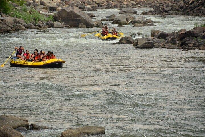Glenwood Springs Short and Mild Rafting Trip, Glenwood Springs, CO, ESTADOS UNIDOS