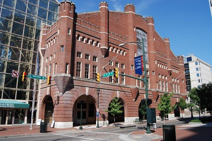 Richmond Scavenger Hunt: City Center Spectacles, Richmond, VA, ESTADOS UNIDOS