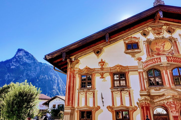 Exclusive SKiP-THE-CROWDS Neuschwanstein & Hohenschwangau Castle Tour fr. Munich, Munique, Alemanha