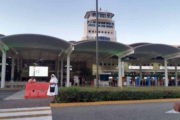 Traslado Privado desde aeropuerto PUJ a hoteles de Punta Cana, Punta de Cana, REPUBLICA DOMINICANA