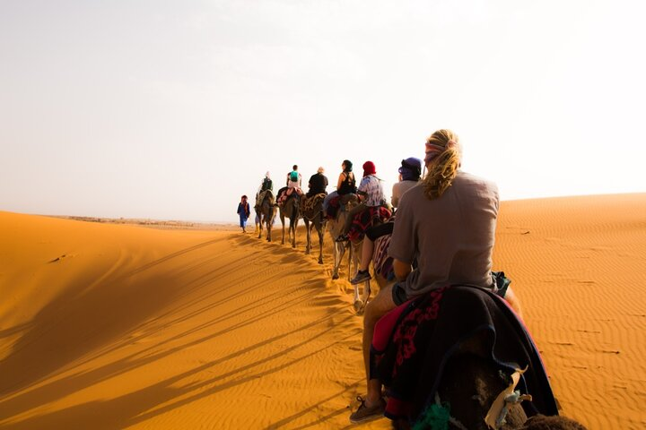 3 Days Desert Group Tour to Marrakech from Fes with Night in Erg Chebbi, Fez, MARROCOS
