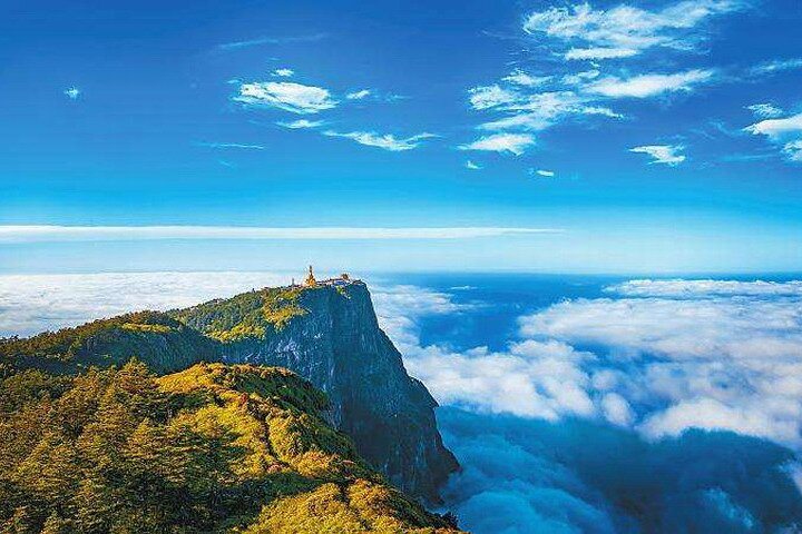 950 USD Per Group 3-days Emei Mountain+Leshan Giant Buddha private tour, Chongqing, CHINA