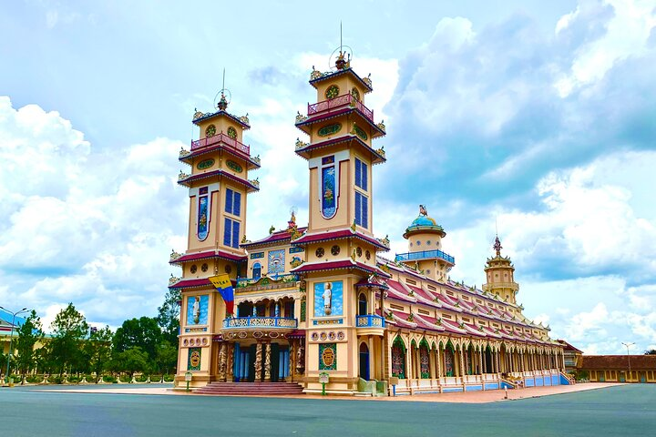 Day Trip to Cao Dai Temple and Cu Chi Tunnels, Including Lunch, Ho Chi Minh, VIETNAME