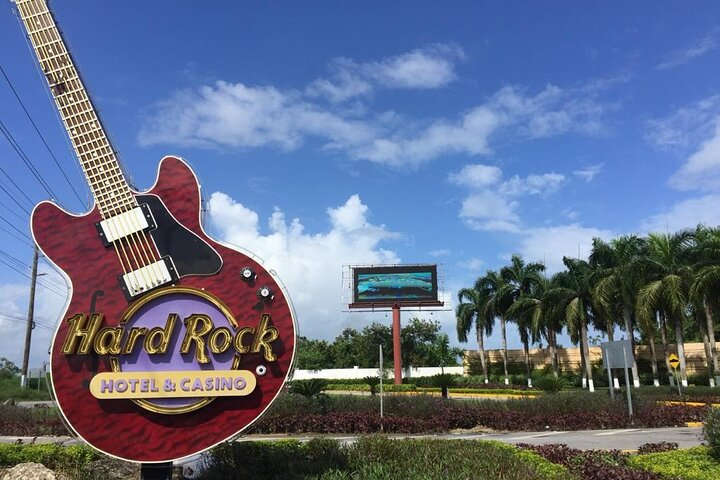 Traslado Ida y Vuelta Hard Rock Hotel Aeropuerto Punta Cana, Punta de Cana, REPUBLICA DOMINICANA