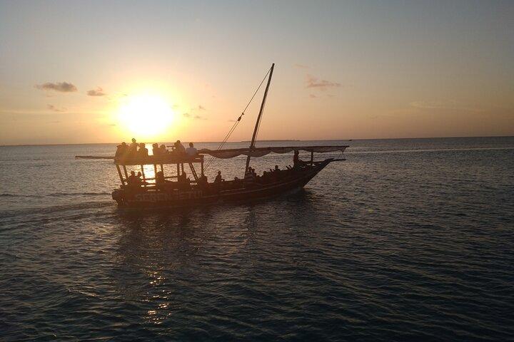 Sunset Dhow Cruise in Nungwi Zanzibar - Snacks Included, Zanzibar, TANZANIA