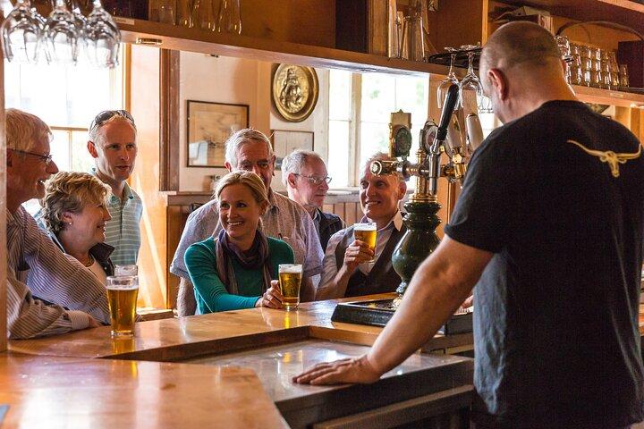 Old Hobart Pub Walking Tour, Hobart, AUSTRALIA