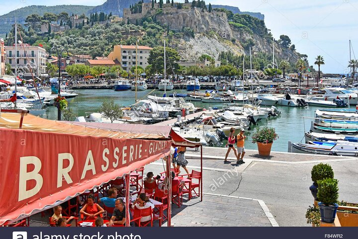 5-Hour Private Sightseeing Tour of the Provence from Marseille in Luxury Car, Marsella, FRANCIA