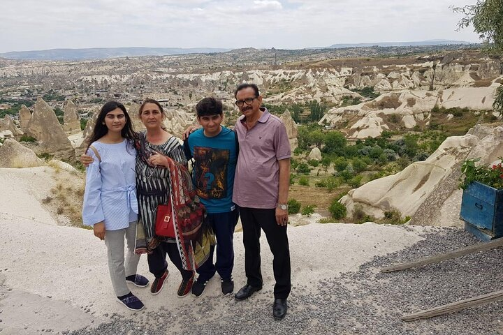 Small Group-Fairy Chimneys of Cappadocia, Goreme, TURQUIA