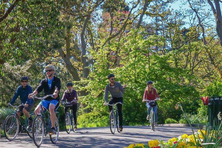 Victoria Castles and Neighborhoods Bike Tour, Isla de Vancouver, CANADA