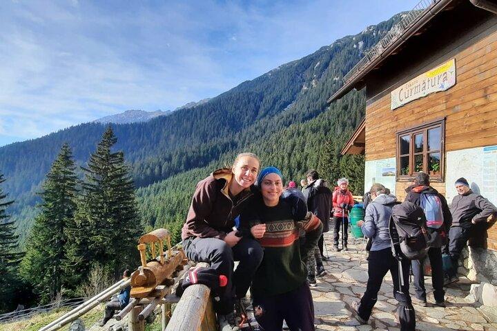 Private Full-Day Hiking Tour in Piatra Craiului National Park, Brasov, RUMANIA