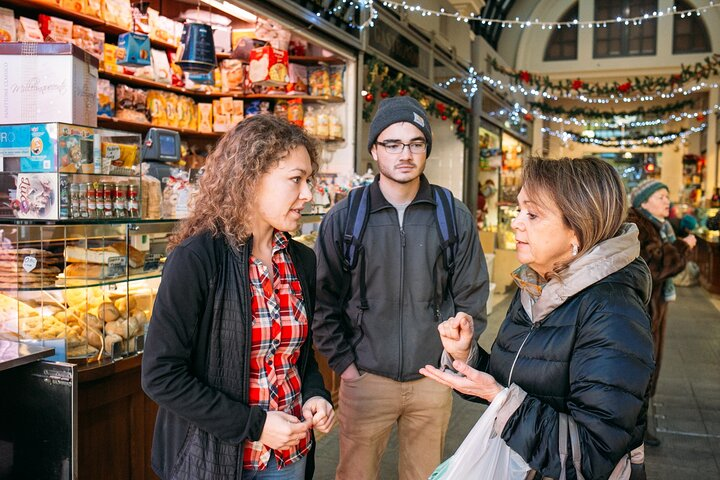 Name your recipe: food market tour and workshop with a Cesarina in Ascoli Piceno, Ascoli Piceno, Itália