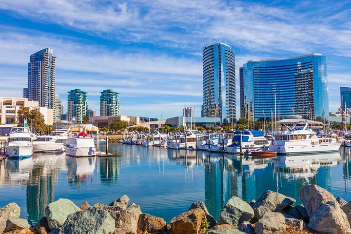 Private Transfer from San Diego to San Diego Airport SAN in Executive SUV, San Diego, CA, ESTADOS UNIDOS