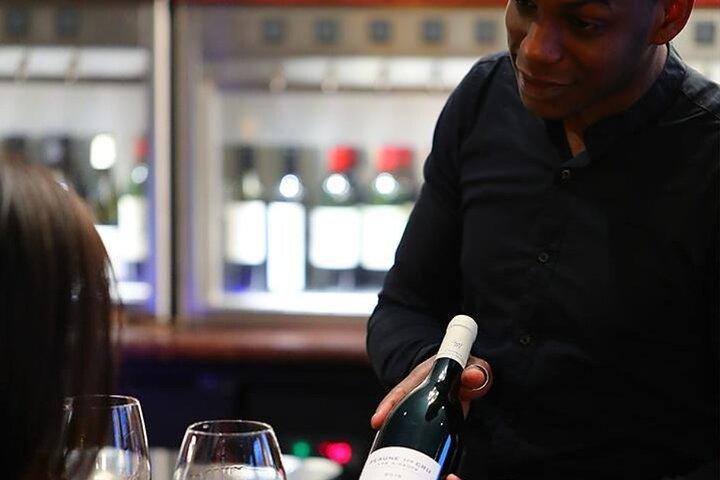 Degustação de vinhos franceses e champanhe em Paris, Paris, França