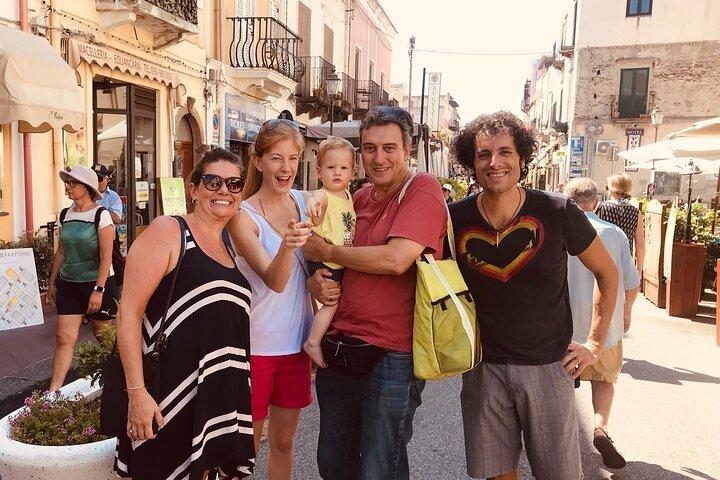 Lipari Food and Drink Tour with Sunset Aperitif, Islas Eolias, ITALIA