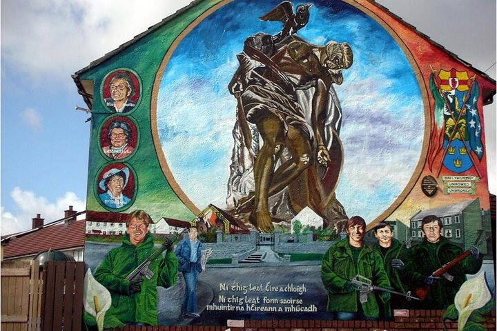 Belfast tours 2 hours mural and political taxi tour, Belfast, IRLANDA