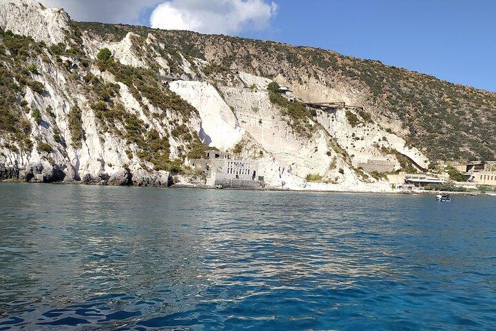 Lipari & South side Salina - private tour, Islas Eolias, ITALIA