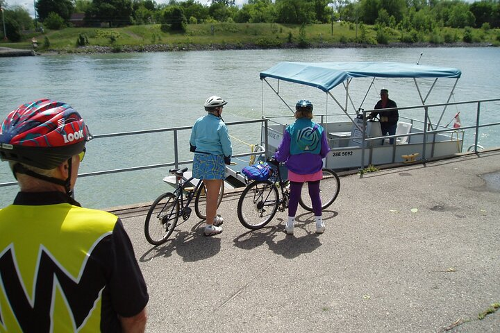 Grand Niagara Cycle Tour, Cataratas del Niagara, CANADA