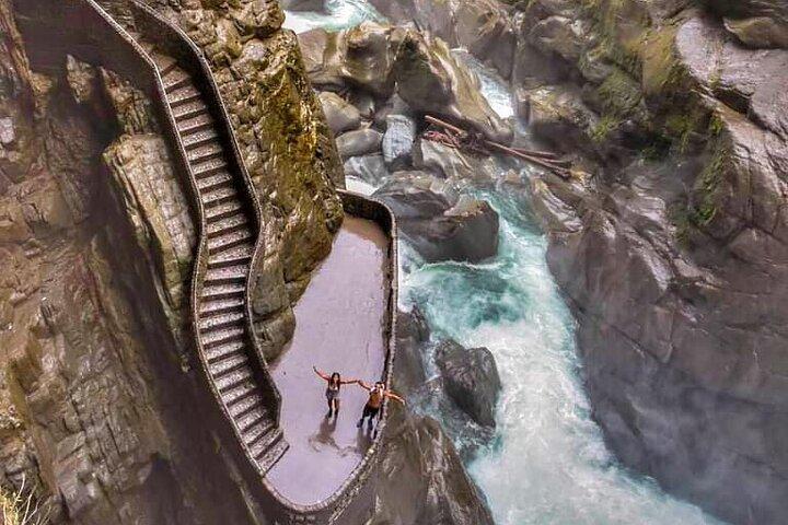 Pailon Del Diablo - Ruta De Las Cascadas, Baños, ECUADOR