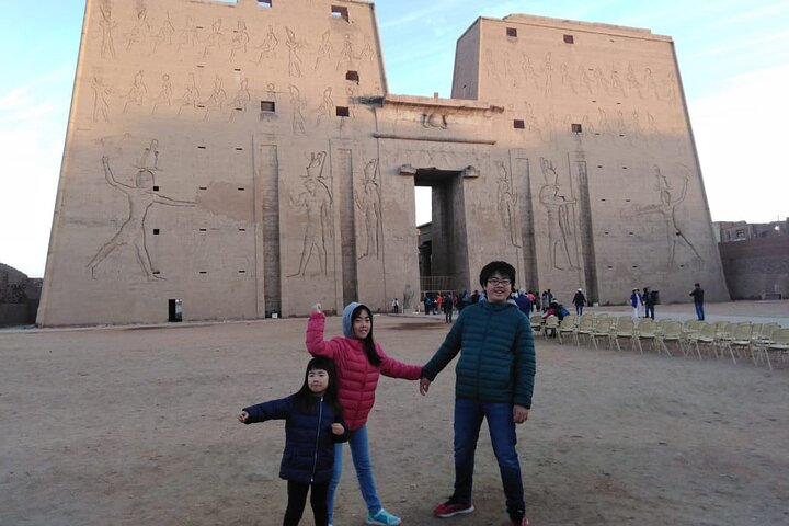 Budget 4 Days Nile Cruise From Aswan to Luxor with Air Balloon and Sightseeing, Guiza, EGIPTO