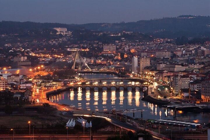 Squares of Pontevedra: Permanent scenarios of history, Vigo, ESPAÑA