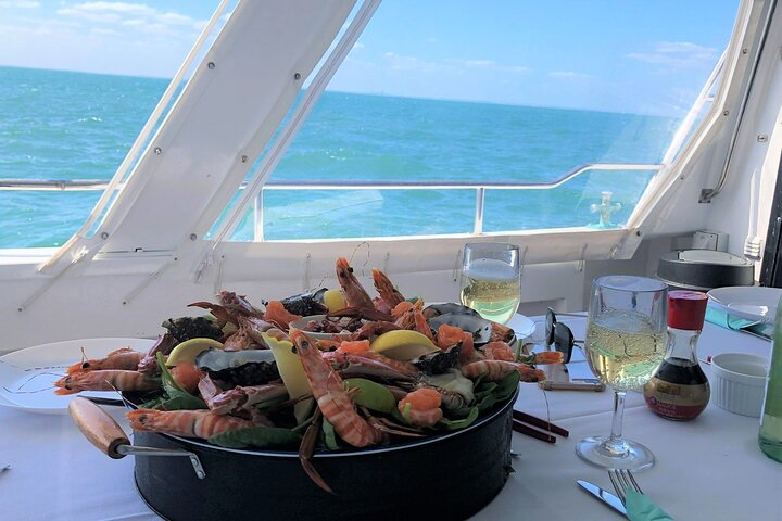 Half-Day Cruising Experience with Seafood Banquet in Broome, Broome, AUSTRALIA