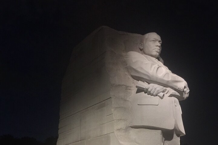 Washington DC Tour by Night with 9-13 Passengers, Washington DC, ESTADOS UNIDOS
