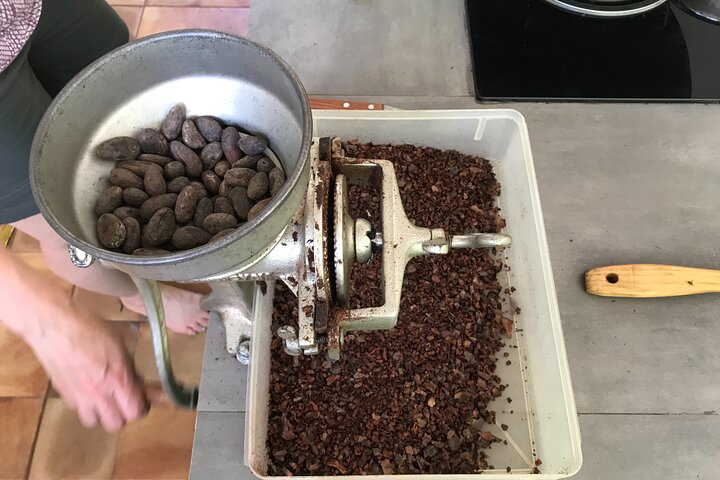 Puerto Viejo hands on chocolate making class. From bean to bar, get chocolatey!, Limon, COSTA RICA