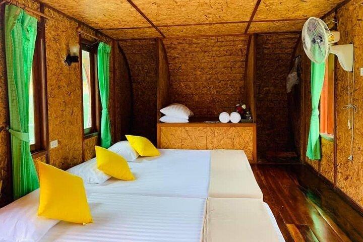 2-Day Cheow Larn Lake Tour in Khao Sok National Park, Surat Thani, TAILANDIA