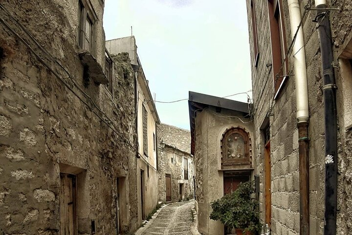 Full Day Tour in the Bucolic Sicily, ,