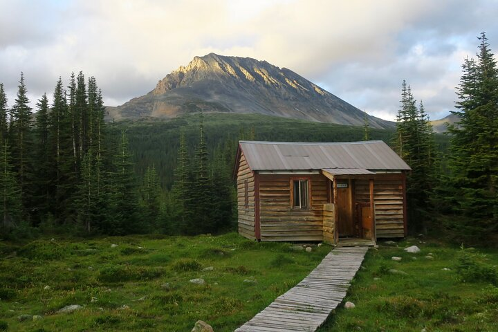 Lodge based Tonquin Valley, Aug 12-14, 3 days \ 2 nights, Jasper National Park, Jasper, CANADA