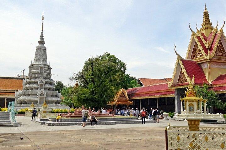 Divine Phnom Penh in Half a Day, Phnom Penh, Camboja