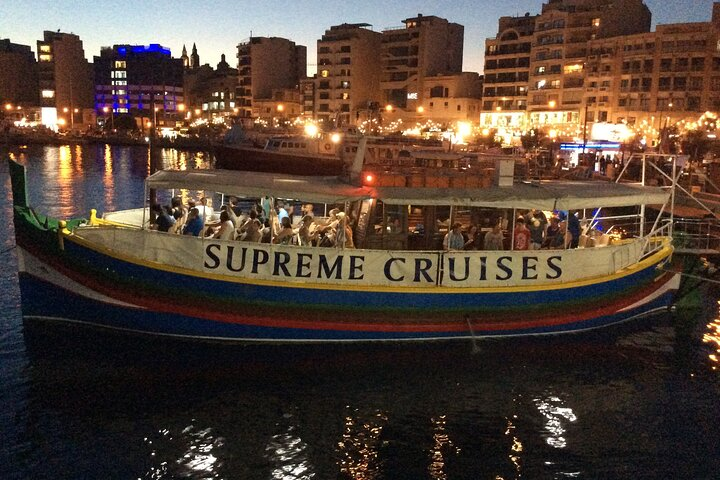 Valletta: Two Harbors Cruise by Night, ,