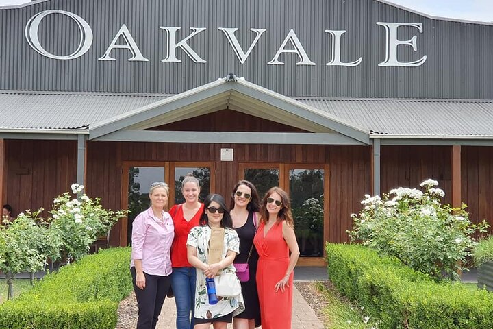 A Full Day Hunter Valley Wine Tasting Tour with Lunch and Tasting Fee's Included, ,
