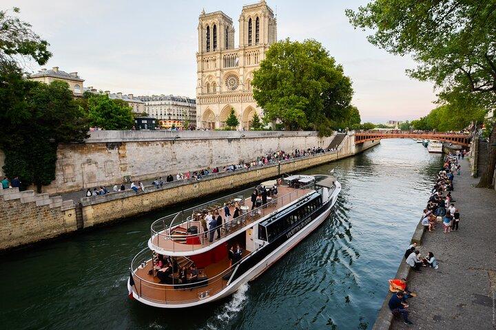 Evite as Filas: Torre Eiffel e cruzeiro pelo Rio Sena, Paris, França