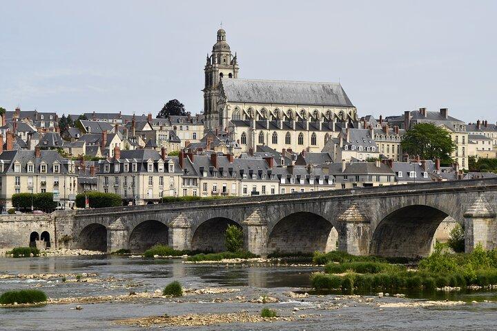 Excursão pelos castelos do Vale do Loire, saindo de Paris: Chambord, Chenonceau com almoço e vinho, Paris, França
