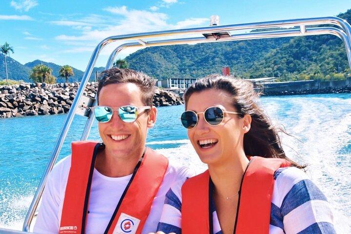 Magnetic Island Scenic Boat Ride and Gourmet Picnic, Isla Magnetic, AUSTRALIA